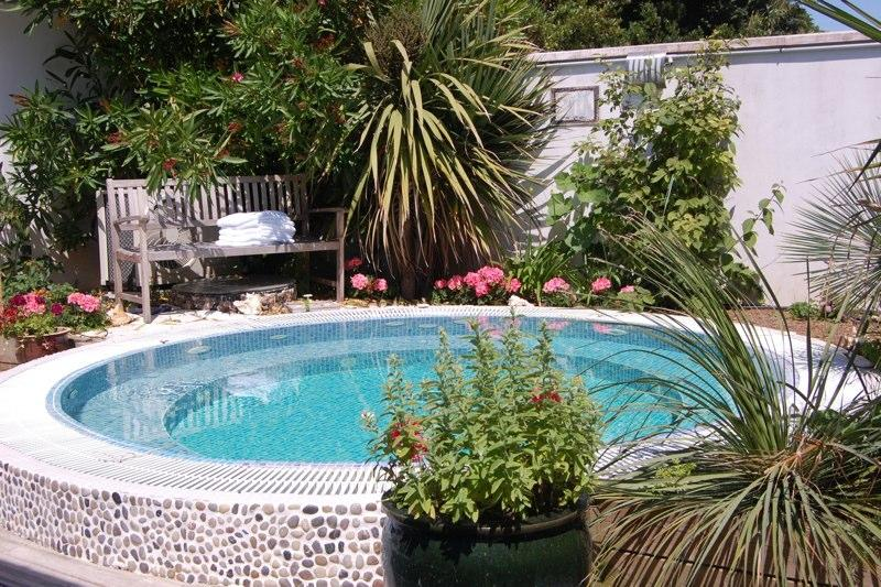 jacuzi-piscine - Chambre d'Hôte,Bed & Breakfast,Ile de Re,CasaBella - Sainte Marie de Re - rentals