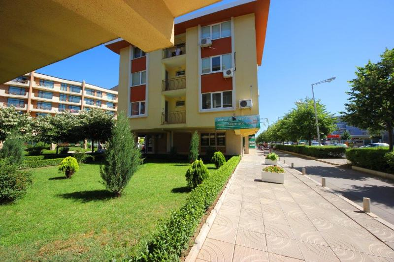 Surrounding Area - 1 bed Forum Apartment with balcony for 5 people - Sunny Beach - rentals