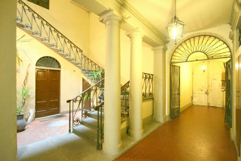 Luxury apartment in the heart of Florence! All com - Image 1 - Florence - rentals