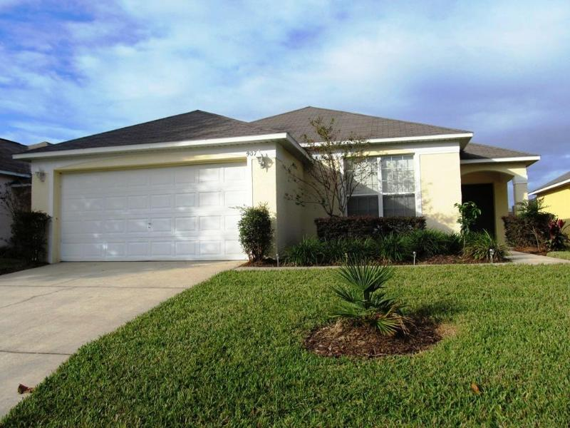 Westridge Gated community 4 bedroom private pool home - Image 1 - Davenport - rentals