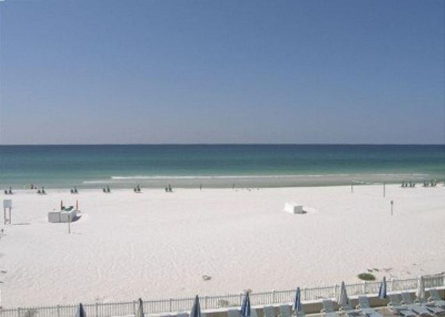 View from balcony - 3 Bedroom Gulf Front Corner Unit - Fort Walton Beach - rentals