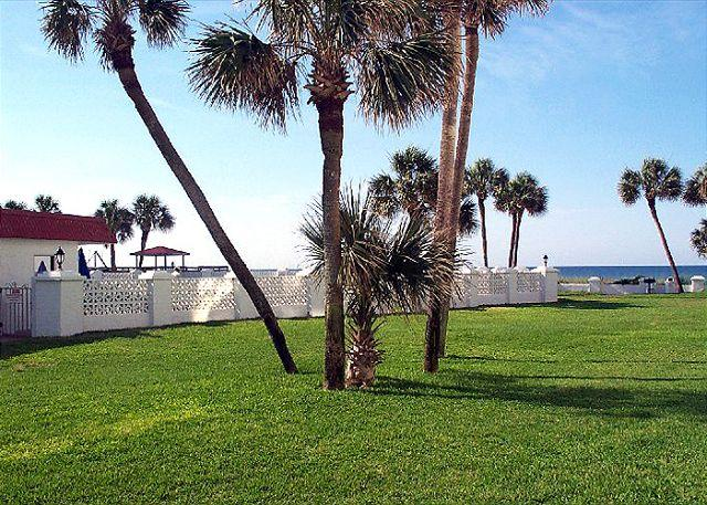 From the Patio to Pool or Beach - Nice Ground Floor & Gulf Front - Stroll to Beach or Pool - Fort Walton Beach - rentals