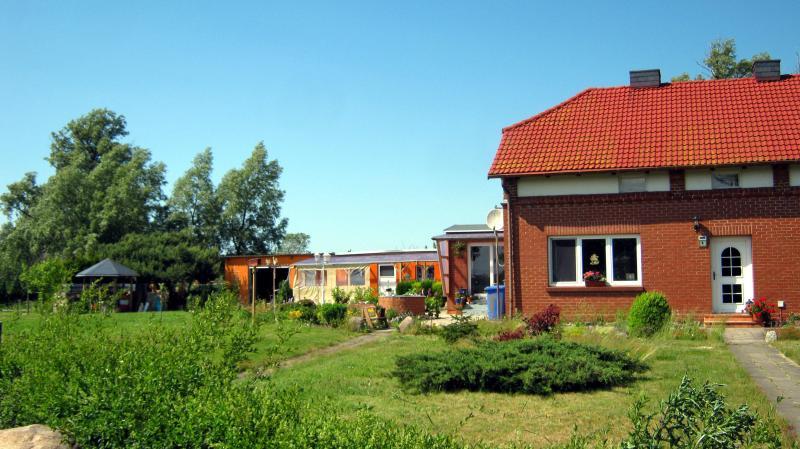 Sunny holiday flat Ostseebad Dierhagen Baltic Sea - Image 1 - Mecklenburg-West Pomerania - rentals