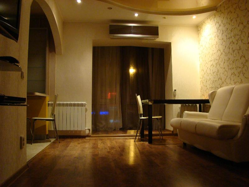 Apartment near Lenin Square - Image 1 - Whitehall - rentals