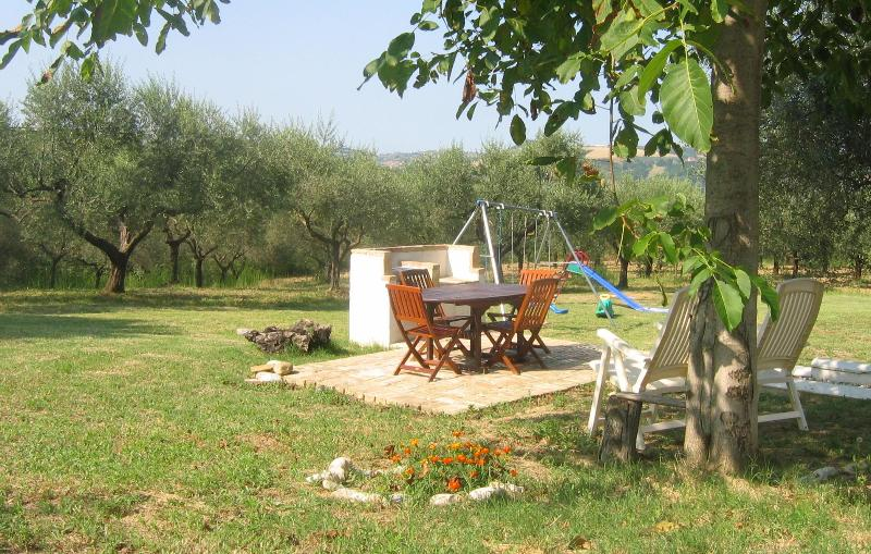 The Sun Terrace in the back garden - Relaxing for Adults, Fantastic for Children - Loreto Aprutino - rentals