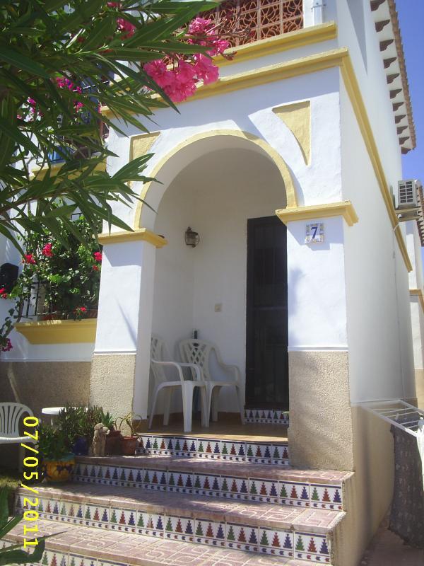 Costa Blanca holiday let - Image 1 - Alicante - rentals