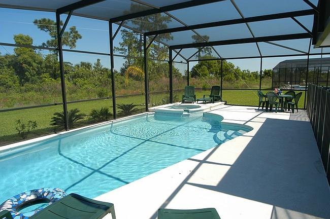 5 Bed/3.5 Bath-Pool/Spa-Luxury near Disney/Univers - Image 1 - Orlando - rentals