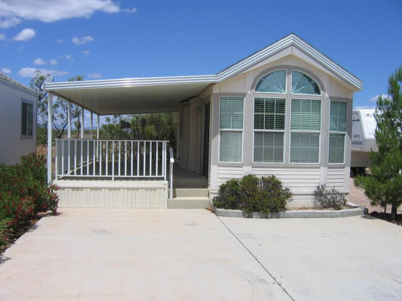 Our getaway at the lake - Roosevelt Lake is minutes away from our Cabin - Roosevelt - rentals