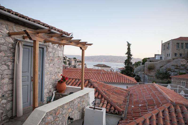 Sea view apartment - Image 1 - Hydra Town - rentals