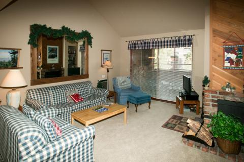 Aspen Creek Corner Condo with Country Decor ~ RA468 - Image 1 - Mammoth Lakes - rentals