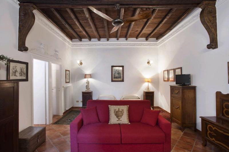 The living room - Cosy and elegant in Rome's historic centre - Rome - rentals