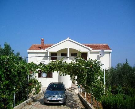 Villa Katelanovo - left apartment (L1) - Image 1 - Zadar - rentals