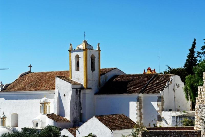 Castle church  - Ap. 10 minutes walk to the city center, calm area - Tavira - rentals
