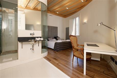 Ciutat Vella Luxury Apartment A - Image 1 - Barcelona - rentals