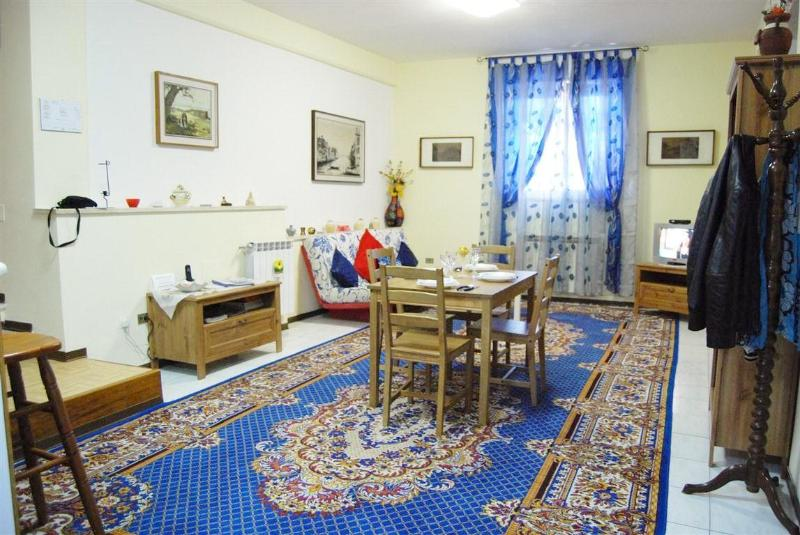 Living Room - Trastevere-Romantic Apt.100m² WiFi/Parking/Tel. - Rome - rentals
