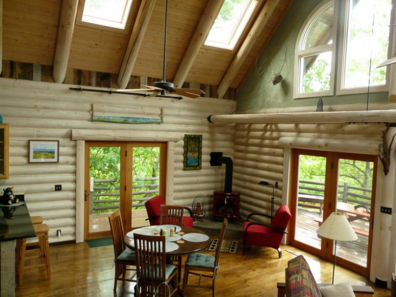 This log cabin is bathed in natural light. - Light Filled Mountain Log Home close to Asheville - Fairview - rentals