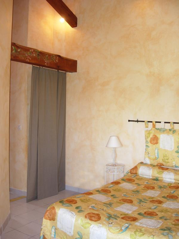 chambre chévrefeuille - Chambres d'hôtes à la ferme du Mas Azais - Montlaur - rentals
