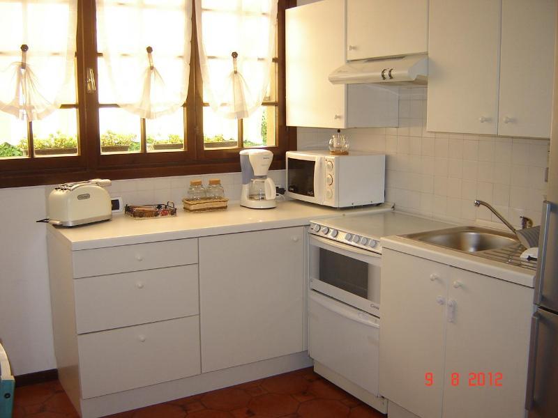 KITCHEN-LIVING AREA - Camelia Apartament In Bellagio - Bellagio - rentals