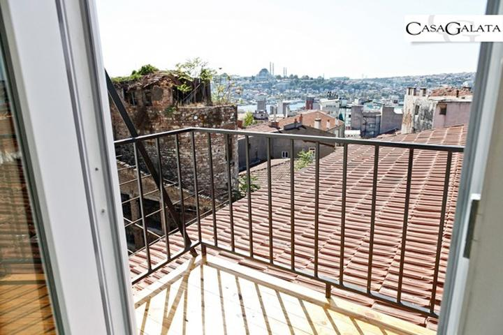 Cool Studio With Balcony & Golden Horn View - Image 1 - Istanbul - rentals