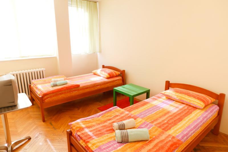 Twin Private Room / shared bathroom - BelApart - Image 1 - Belgrade - rentals