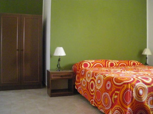 double bedded room - Apartment FOR RENT in CALABRIA - south of Italy - Tortora Marina - rentals