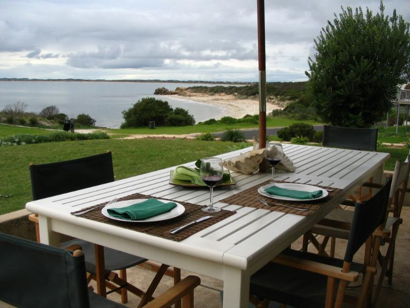 Wonderful entertaining deck - Jacks House - Water front holiday home - Robe - rentals