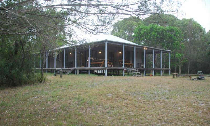 Wallum Cottages: Kookaburra (Fully self contained house) - Image 1 - Crescent Head - rentals