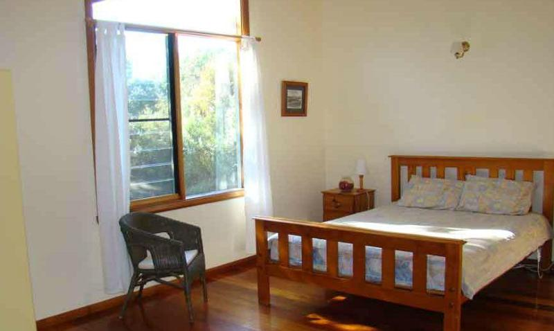 Wallum Cottages: Cockatoo - Image 1 - Crescent Head - rentals