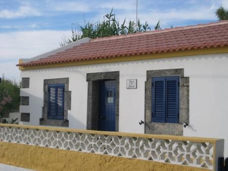 BEACH HOUSE RENT - AZORES - Image 1 - Candelaria - rentals