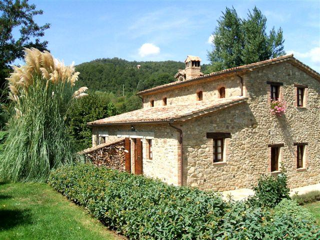 Villa with pool and garden per 6 people - Self Catering Cottage with pool and garden - Umbertide - rentals