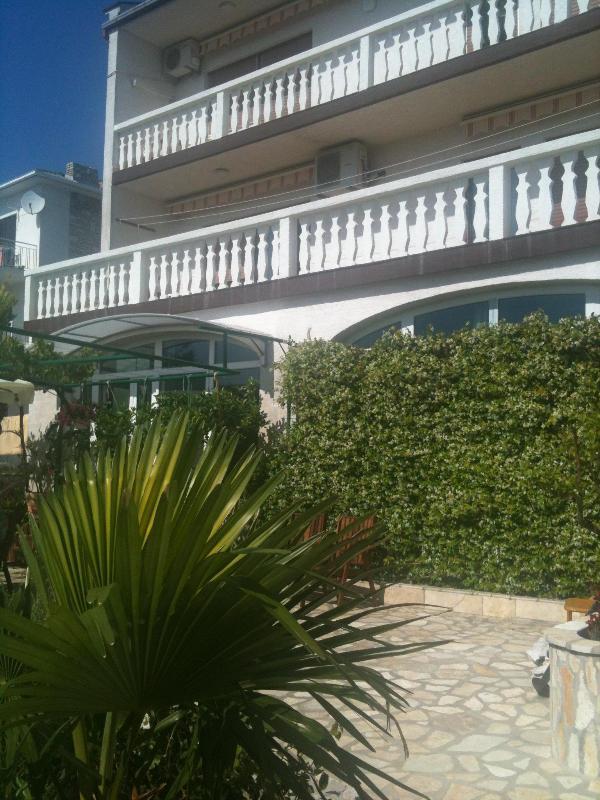 Rental Villa Vesna Parat - 3 unit- apartments with balcony or terrace - Villa Vesna  Parat  - Apartment balcony  ( 2+1) - Crikvenica - rentals