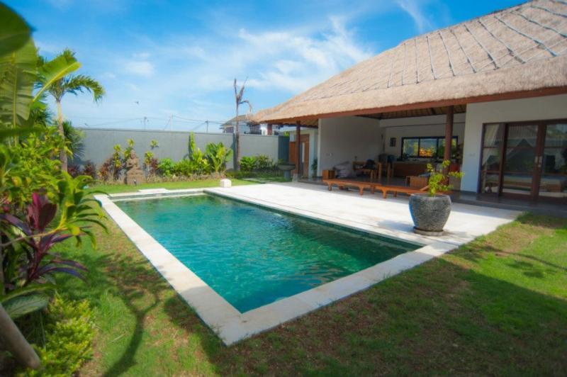 Nice Villa 2bd in Umalas Bali - Image 1 - Seminyak - rentals