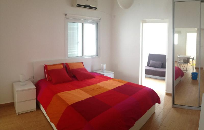 Charming renewed apt in the center of the city - Image 1 - Tel Aviv - rentals