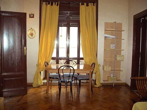 Pantheon area sleeps 6 - Image 1 - Bagnara di Romagna - rentals