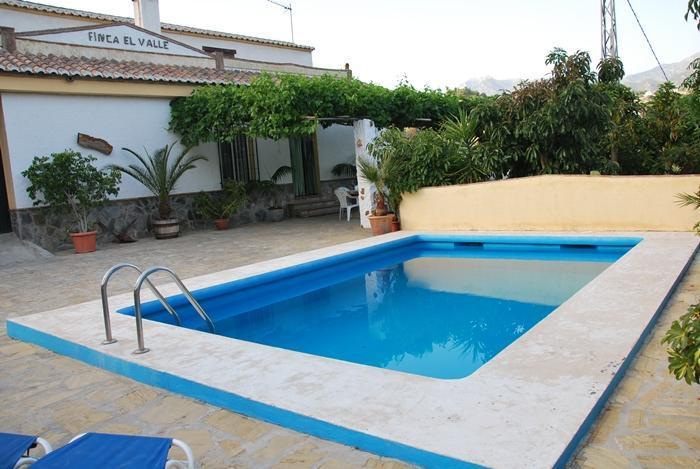 Holiday villa with swimming pool in Nerja - Image 1 - Nerja - rentals