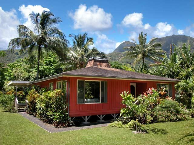 Home - Walk to Tunnels Beach!!   $1575 per week - Hanalei - rentals