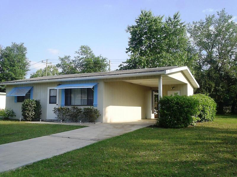 Affordable Cozy Vacation Home on 55+ Community - Image 1 - Ocala - rentals