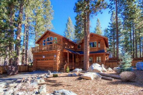 Wonderful 3 Bedroom Home with Hot Tub ~ RA744 - Image 1 - South Lake Tahoe - rentals