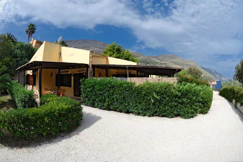 EXTERNAL VIEW - Case Di Calamazzo By The Sea - Scopello - rentals