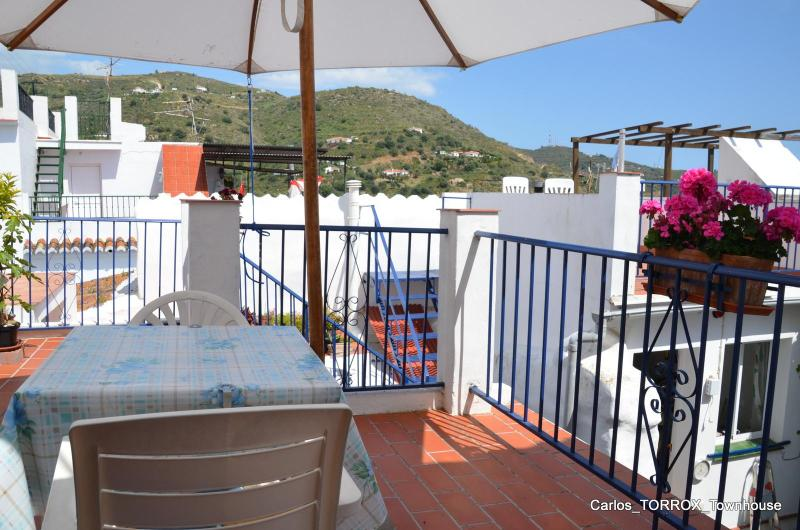 Mid-terrace with mountain-view - Typical spanish townhouse (incl patio & terrasses) - Torrox - rentals