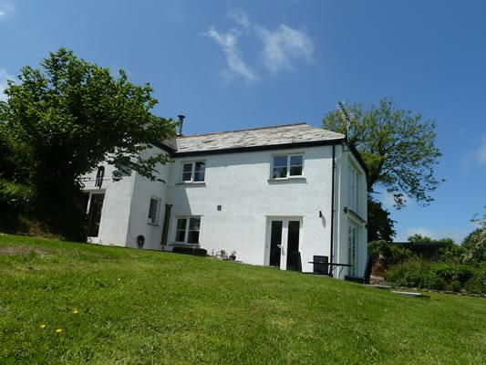 Stunning detached cottage with large private garden - Image 1 - Bude - rentals