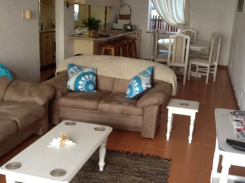 Living room - Holiday apartment - Scottburgh - rentals
