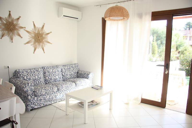 Zona giorno - Casa Barbarina 300 mt from Porto Pino beach - Porto Pino - rentals