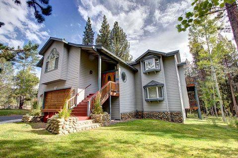 Wonderful Secluded Home Sleeps 12 ~ RA3500 - Image 1 - South Lake Tahoe - rentals