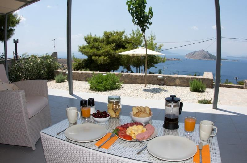 01. Welcome to Spiti Aeginitissa! - Spiti Aeginitissa - beautiful sea views - Aegina - rentals