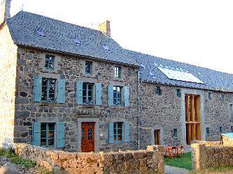 Holiday House France, Pool, Games Room sleeps 14+ - Image 1 - Auvergne - rentals