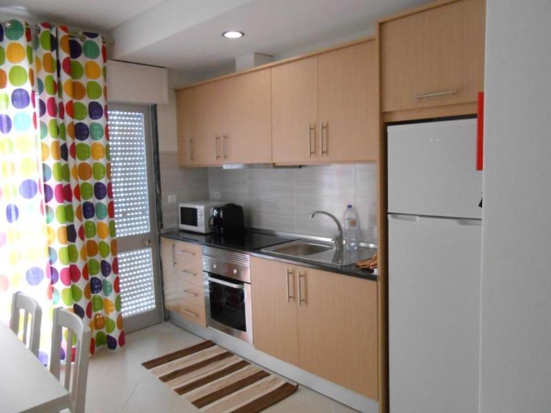 Apartamento perto da praia T2 muito confortavel - Image 1 - Quarteira - rentals