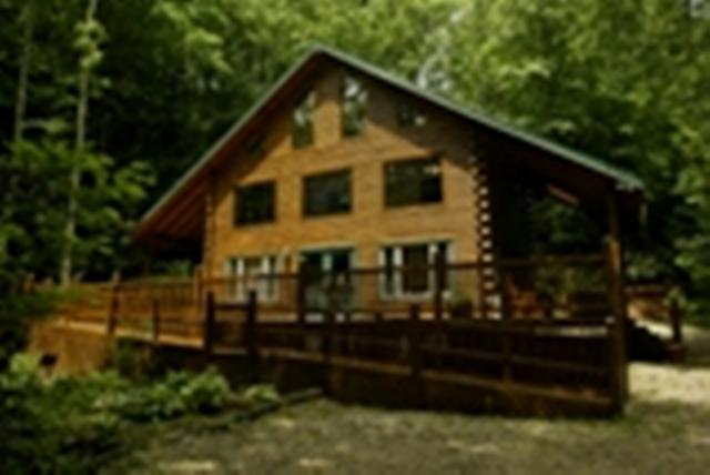 Creekside Chalet - Secluded Log Cabin with Hot Tub under the Stars - Butler - rentals