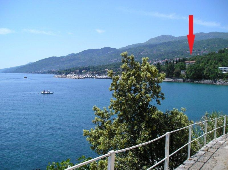 Pick of the house from the promenade - Opatija Apartment near the beach 03 - Icici - rentals