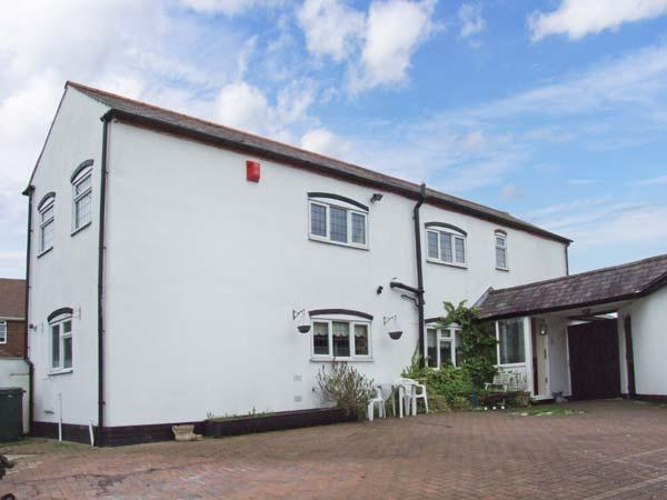 2 DUNNS BANK, near amenities, off road parking, gardens, in Stourbridge, Ref 20726 - Image 1 - Stourbridge - rentals